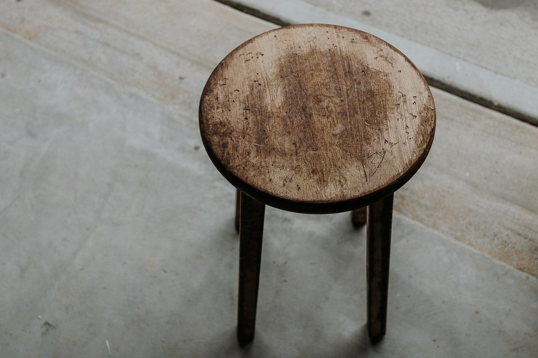Bar Stool Hack - turn a bar stool into a rustic DIY side Table!
